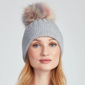 THE CHRISSY HAT - LIGHT GREY